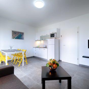 Apartman Komuna (3)